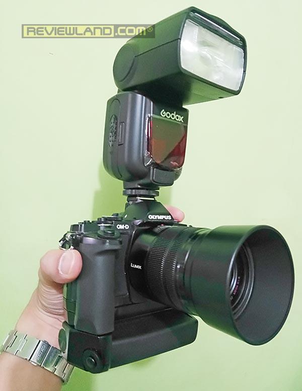 camera-godoxtt685o-grip2